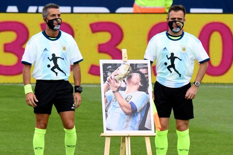 Debutó la Copa Maradona: todos de 10, barbijos eternos y un gol en la memoria