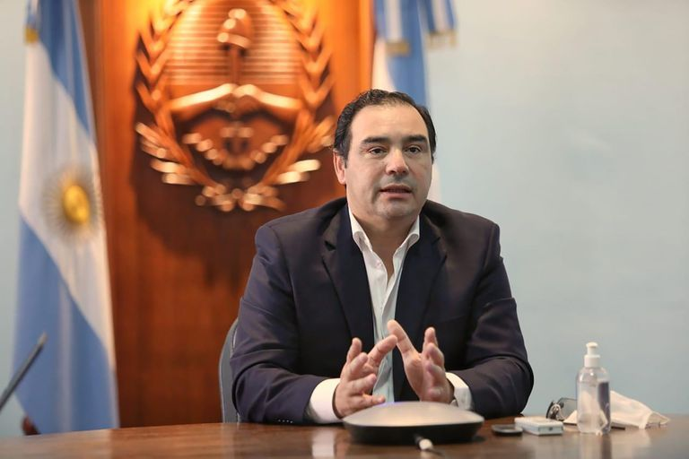 "El gobernador de Corrientes admitió que fue él quien escribió ""nobiembre"""