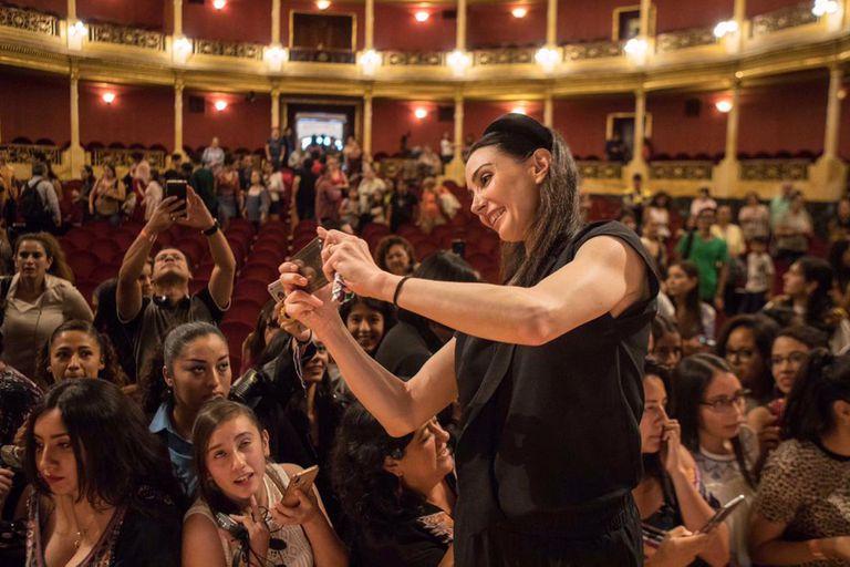 """En la conferencia """"Historias que inspiran"""" Tamara Rojo contó su historia, cuando dejó España y se hizo grande"""