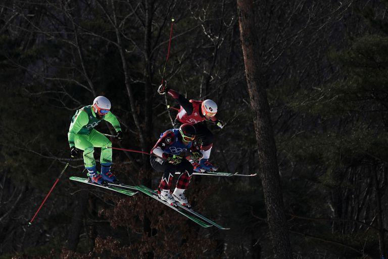 Filip Flisar, de Eslovenia, Brady Leman, de Canadá, y Armin Niederer, de Suiza