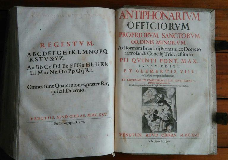 Gran Antifonario veneciano del siglo XVII