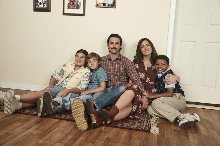Milo Ventimiglia  y Mandy Moore junto a su familia en This is Us