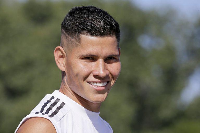 Sebastián Battaglia eligió el 5 titular para Boca: Jorman Campuzano; el colombiano se ganó el puesto después de algunos desempeños irregulares y problemas personales.