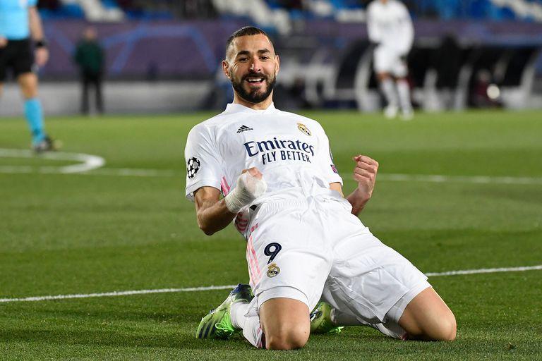 Karim Benzema le dio la clasificación a Real Madrid con dos goles