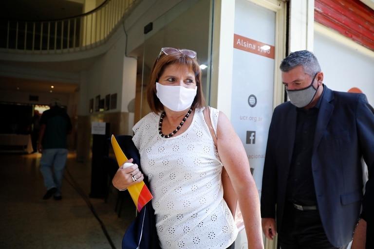 Patricia Bullrich llega a la conferencia de prensa de Juntos por el Cambio