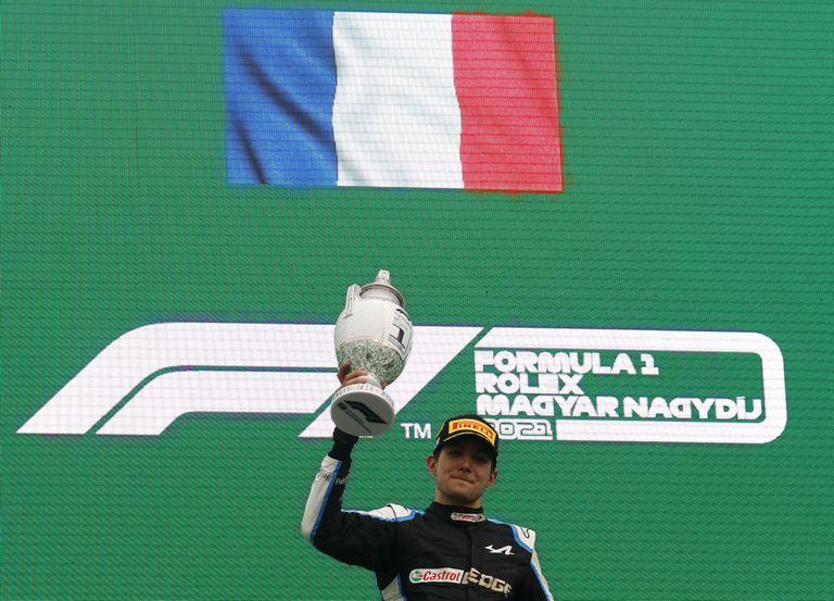 El francés Esteban Ocon festejó su primera victoria en 78 carreras en la Fórmula 1; en el Gran Premio de Hungría logró su segundo podio, después de ser escolta del mexicano Sergio Checo Pérez en el GP de Sakhir, en 2020