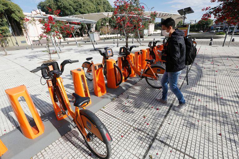 Servicio de Ecobici de la Ciudad de Buenos Aires en la Estación Chacarita