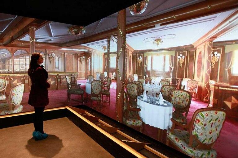 Por medio de imágenes 3D los visitantes se sienten en el interior del transatlántico