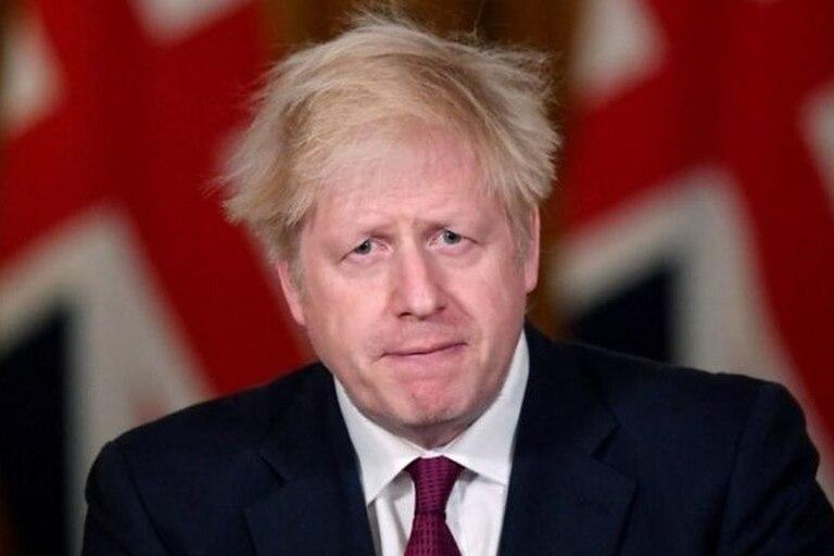 Johnson tuvo que dar marcha atrás este sábado y anunció duras restricciones para el sureste de Inglaterra