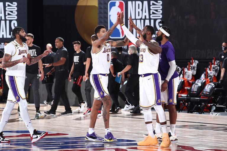 El título regresa a Los Ángeles: los Lakers festejan un nuevo éxito en la NBA