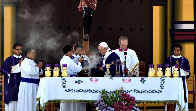 El Papa celebró una misa con representantes de comunidades indígenas