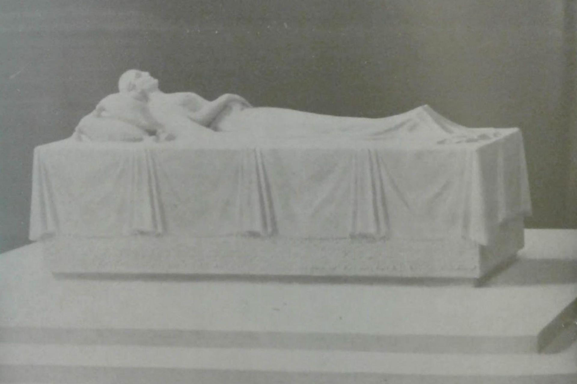 El sarcófago de Eva Perón estaba en el subsuelo del mausoleo