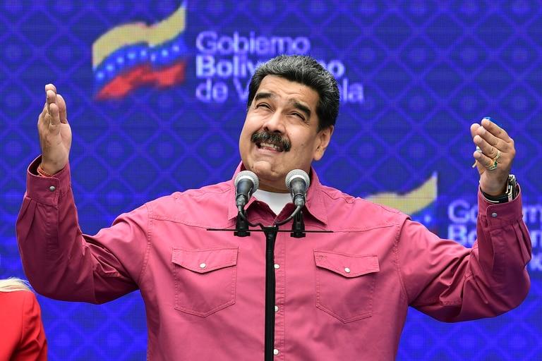 El presidente venezolano, Nicolás Maduro, durante una conferencia de prensa en un colegio electoral en la escuela Simón Rodríguez en Fuerte Tiuna, Caracas, el 6 de diciembre de 2020 durante las elecciones legislativas de Venezuela