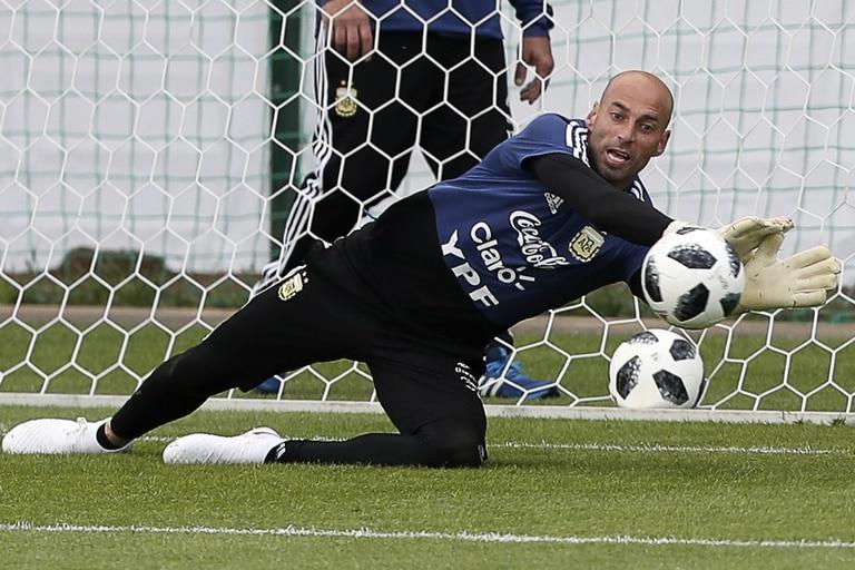 Wilfredo Caballero, un arquero con más oportunidades en la selección y en Europa que en el fútbol argentino.