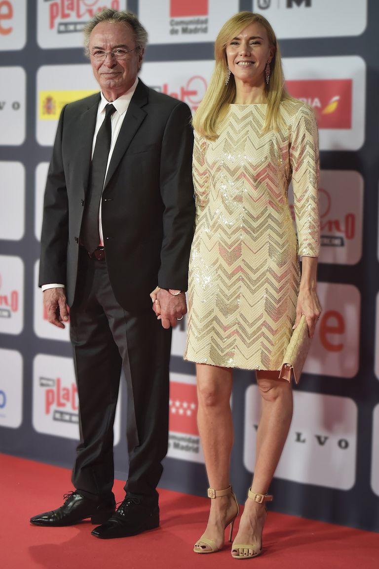 Acompañado por su gran amor, Marina Borensztein, Oscar Martínez asistió a la ceremonia para entregar las estatuillas de Mejor Actor y Mejor Actriz en Producción Cinematográfica.