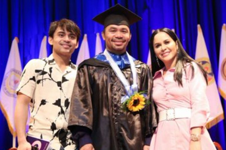 Ejemplo: Manny Pacquiao se graduó a los 40 años y quiere estudiar en Harvard