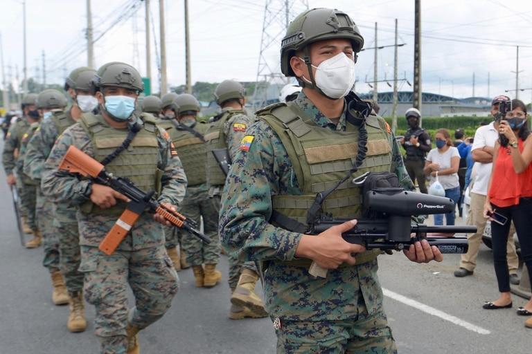 El gobierno movilizó 800 efectivos militares
