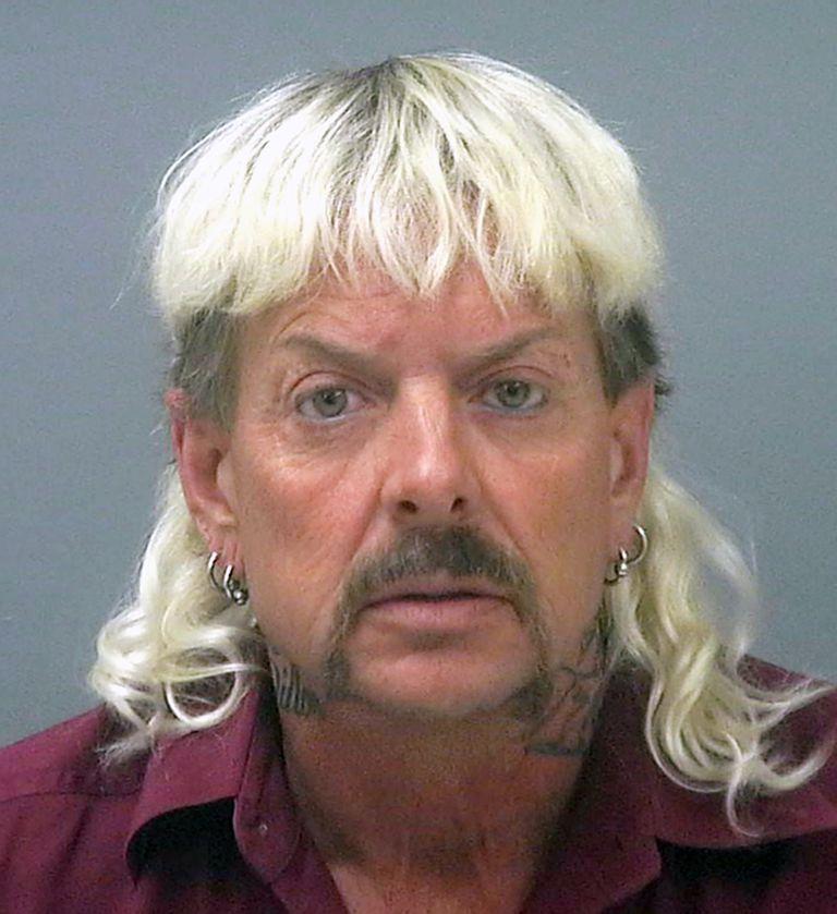 """Joseph Maldonado-Passage, también conocido como """"Joe Exotic"""", en la cárcel (Cárcel del Condado de Santa Rosa via AP, Archivo)"""