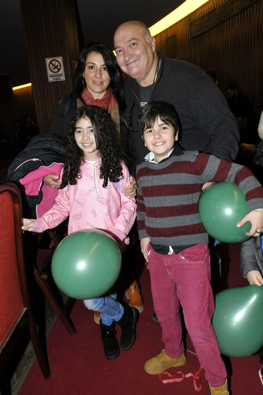 Larry de Clay, feliz en familia
