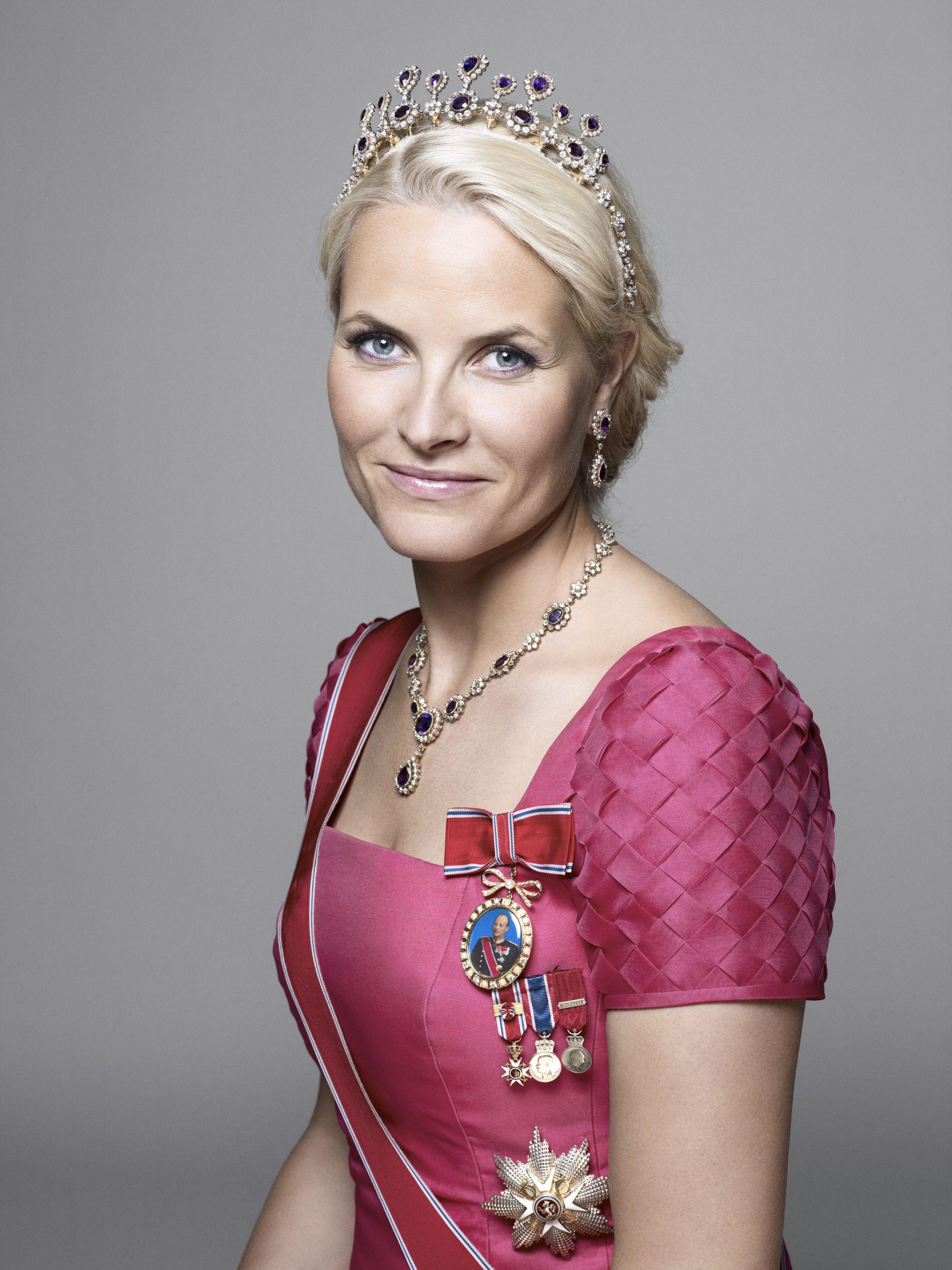 Un retrato oficial de la princesa Mette-Marit de Noruega.