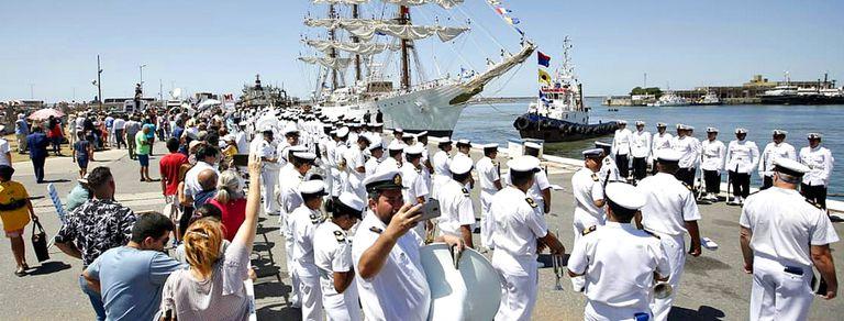 La Fragata Libertad llegó a Mar del Plata en enero de 2013, luego de permanecer cinco meses retenida en Ghana