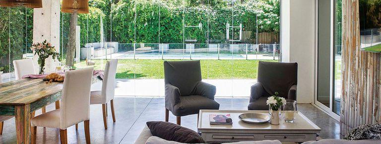 Reforma. Una casa con quincho integrado a la cocina, el living y la galería