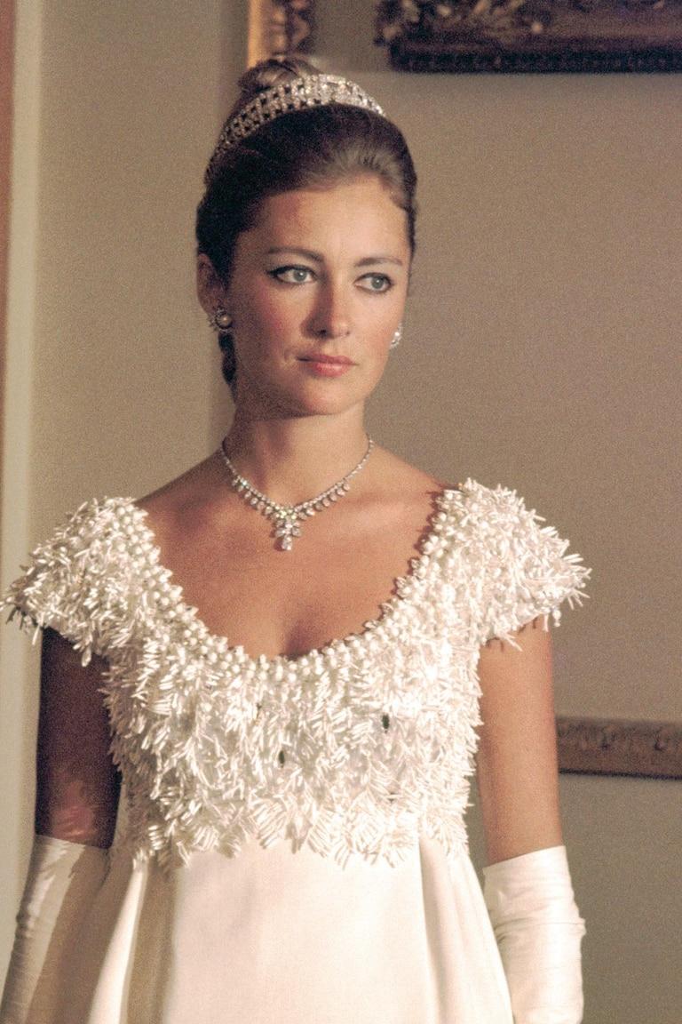 """La reina Paola con el """"bandeau"""" de la Reina Elisabeth."""