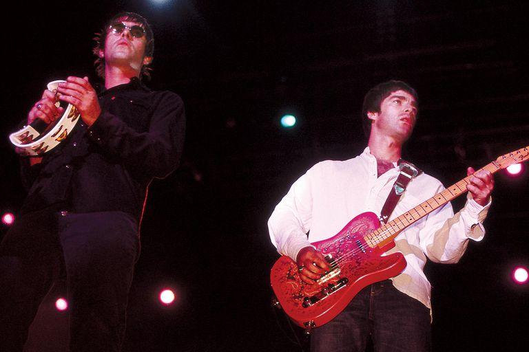 Liam y Noel en el Hot Festival de 2000, segunda visita de Oasis a Buenos Aires