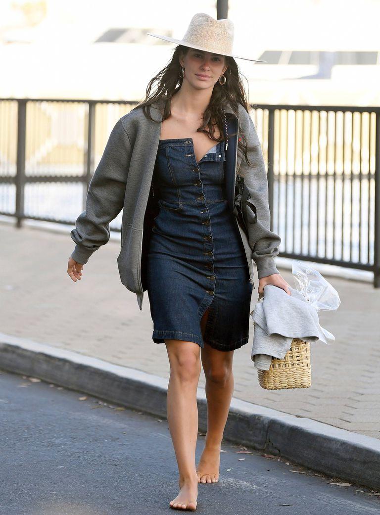 Camila Morrone look descontracturado para su festejo