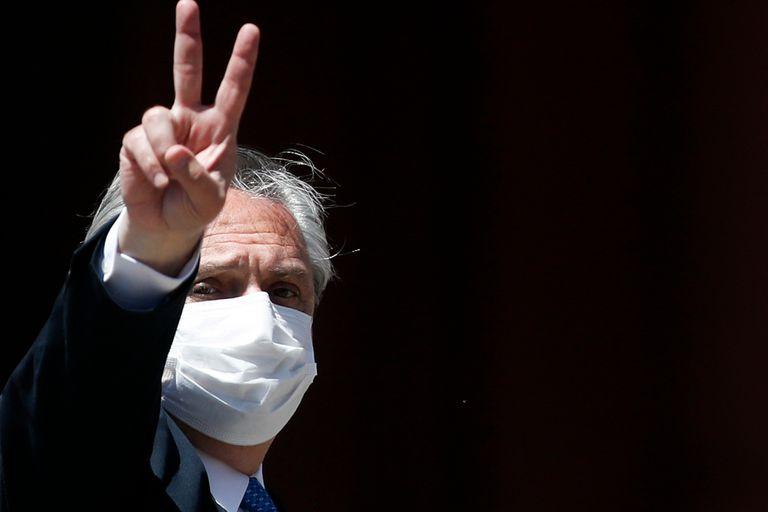 Alberto Fernández permanece aislado en la quinta presidencial de Olivos desde ayer, cuando se conoció que Gustavo Beliz tiene coronavirus. Esta mañana dijo a LA NACION que está bien y que no tiene síntomas