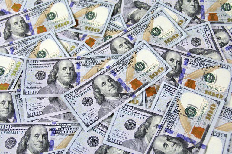La importancia del destino de parte de la fortuna en ahorro e inversión