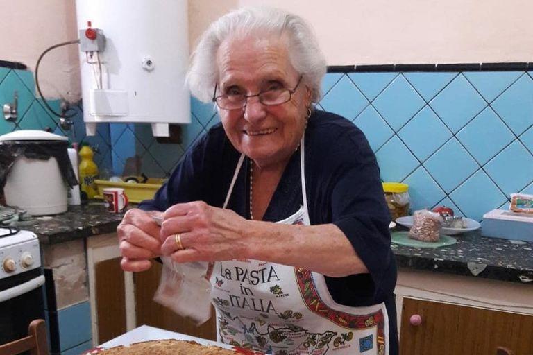 Nonna Violetta: a los 88 años enseña por YouTube las recetas de su Italia natal