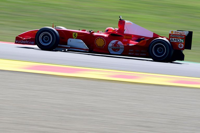 Fórmula 1. Emocionante: Mick Schumacher corrió en la Ferrari 2004 de su papá