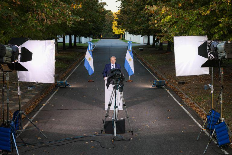 El presidente Alberto Fernández anuncia nuevas restricciones por la pandemia