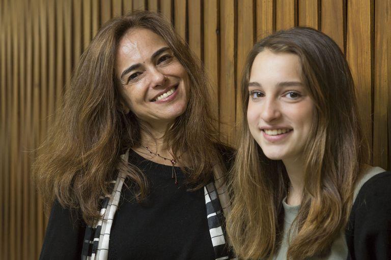 """Las pianistas Karin Lechner y Natasha Binder acompañadas de una proyección inspirada en el universo de """"calle de los pianistas"""", de Mariano Nante se presentan mañana, viernes, en un recital en el Coliseo"""