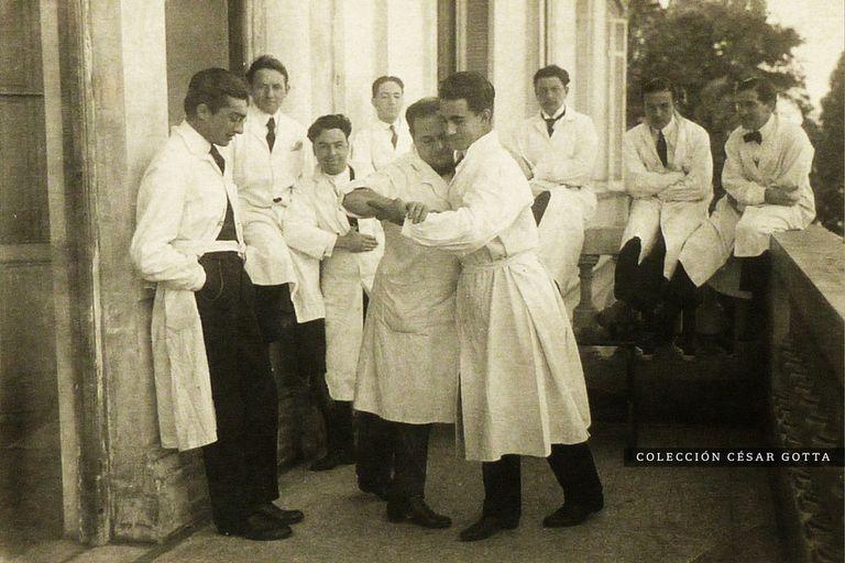 Bailes del Internado. La fiesta zafada de los médicos que terminó en tragedia