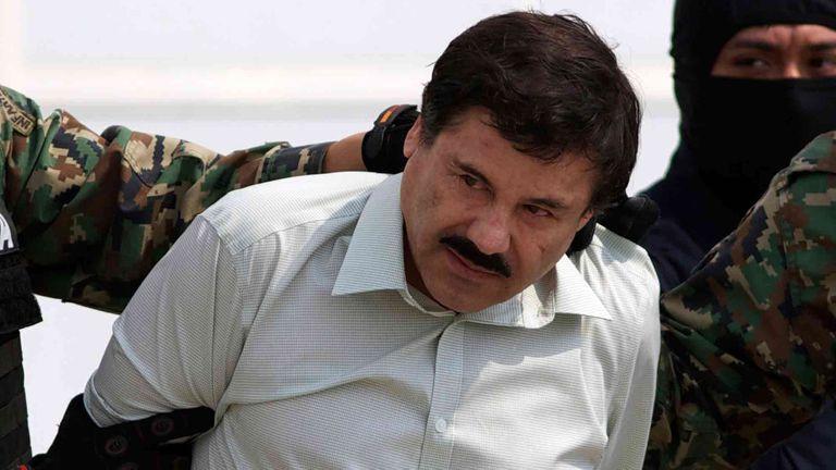 El Chapo Guzmán en otra de sus detenciones
