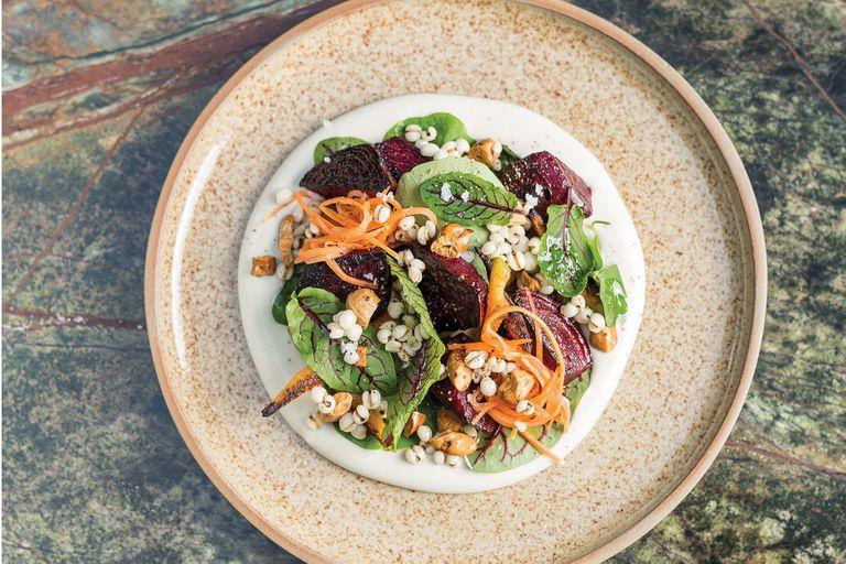 Rótolo de espinaca, cremoso de queso azul y ceviche plant-based, animate a descubrir nuevos sabores