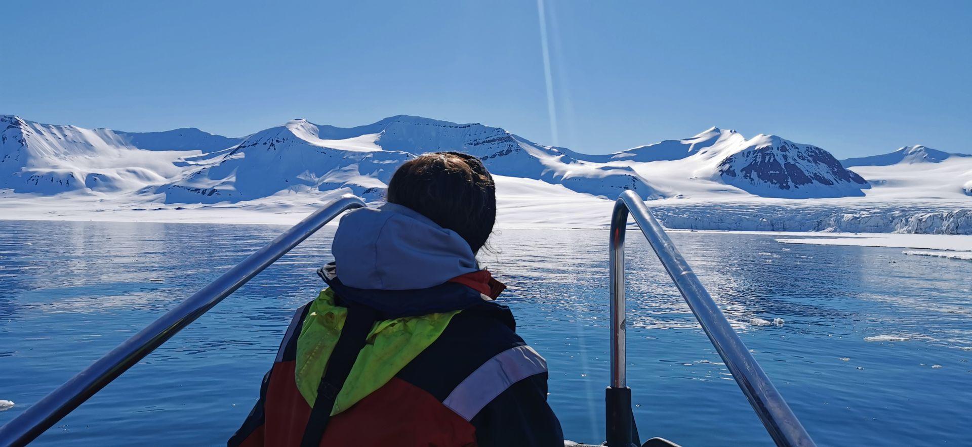 """Valentina en Svalbard, """"uno de los lugares más increíbles de la tierra""""."""