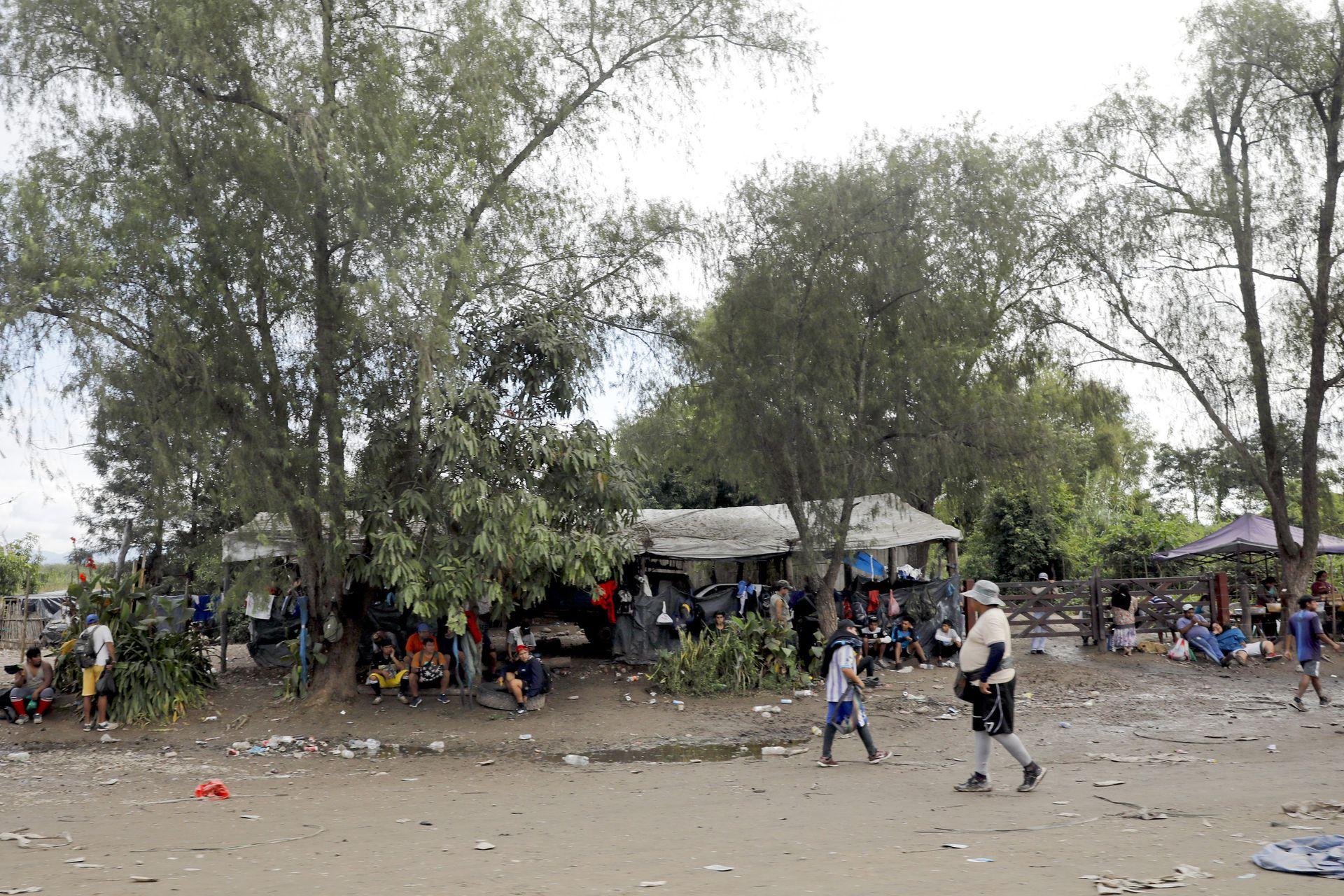 Aguas Blancas, la frontera con Bolivia, tiene mucho tráfico informal