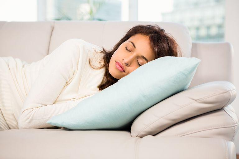 Una compañía pide postulantes del mundo para un nuevo estudio del sueño en el que les pagarán 1500 dólares mensuales por dormir la siesta