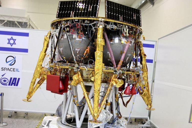 La sonda Beresheet original medía 2 metros de diámetro y pesaba algo más de media tonelada