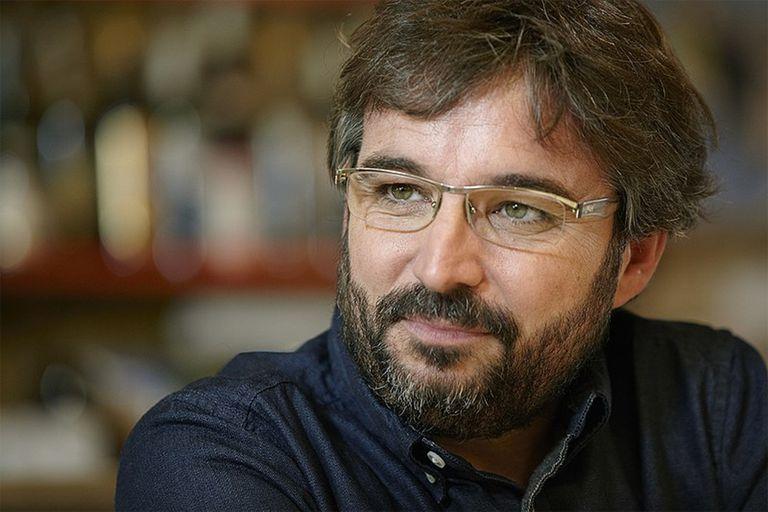 """El catalán Jordi Évole, el dueño de los programas periodísticos que son sensación en la TV de España, fue el realizador de """"Matchday"""" con su productora"""
