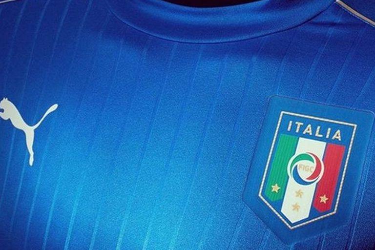 Camisetas ¿Por qué algunas selecciones no juegan con los colores de su bandera?