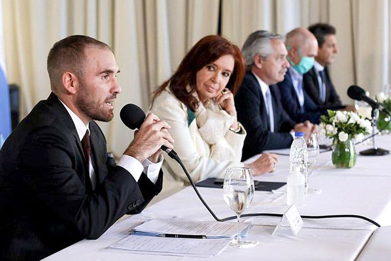 "Guzmán le respondió a Cristina Kirchner: ""No hubo un ajuste fiscal, hubo una reducción del déficit"""