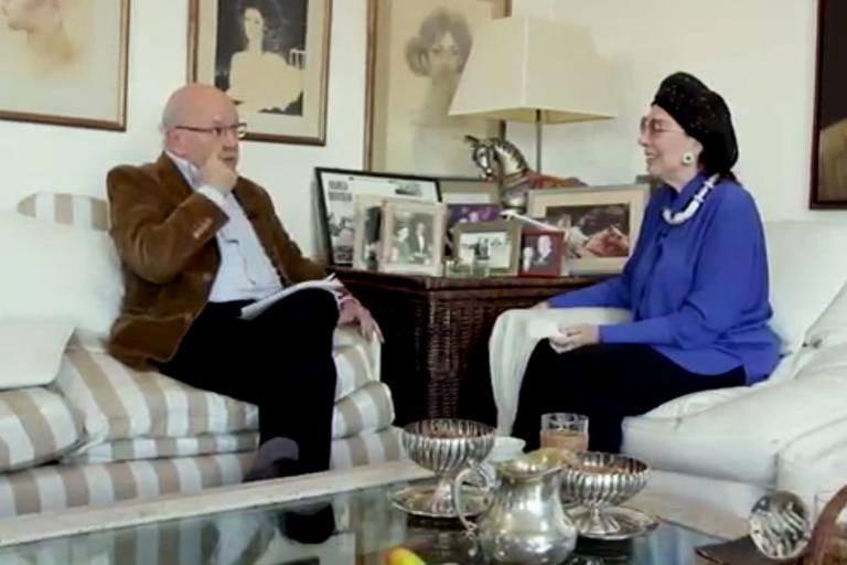 Pablo Sirvén y Graciela Borges en el episodio más reciente de Hablemos de otra cosa, uno de los cinco nominados que tiene LN al premio FundTV