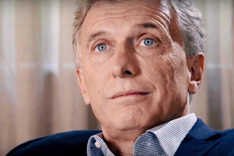 """El expresidente impulsó el banderazo en repudio por """"las vacunas vip"""""""