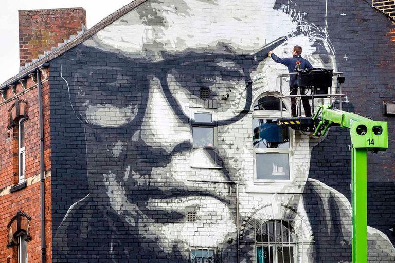 Uno de los murales dedicados a Bielsa en las calles de Leeds