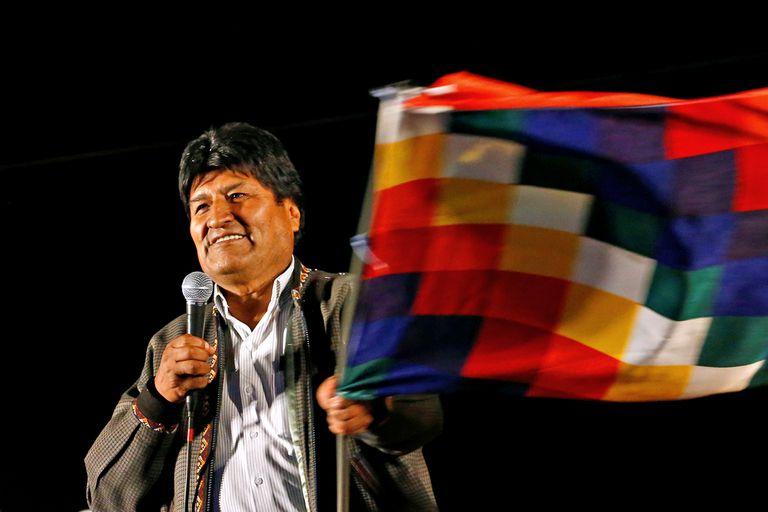 Evo Morales durante una celebración de su partido político