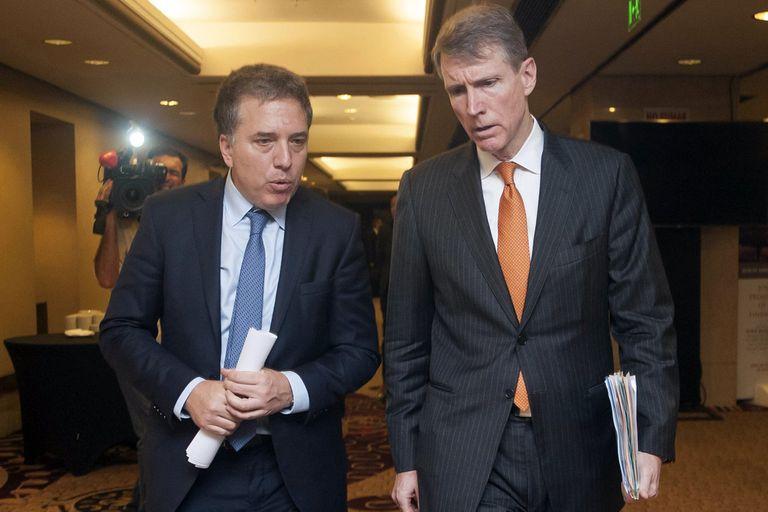 EE.UU. y los bancos elogian el rumbo, pero piden mejorar el frente fiscal